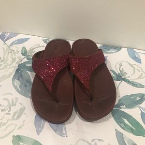 Fitflop Burgundy Leather Sequined Sandals - 6